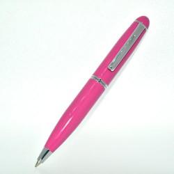 Pen white